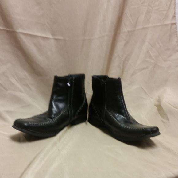 a3e79d19382 EUC Mens Steve Madden Loadyr Black Leather Boots